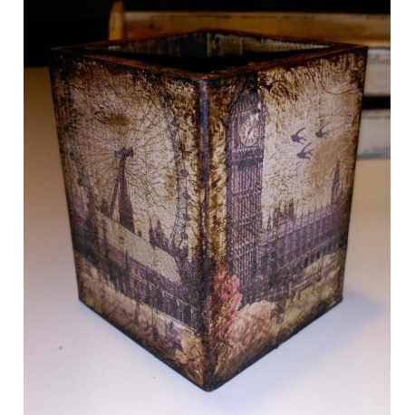 Cubo madera Londres